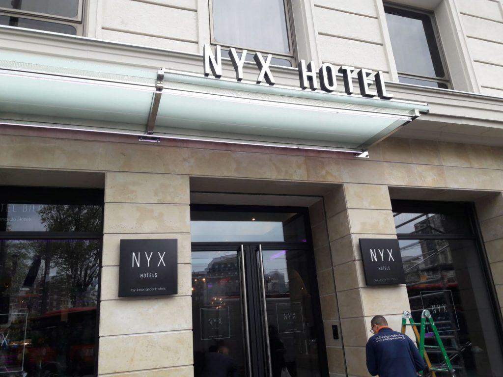 rotulos letras corporeas carteles sstandem madrid plastico hotel