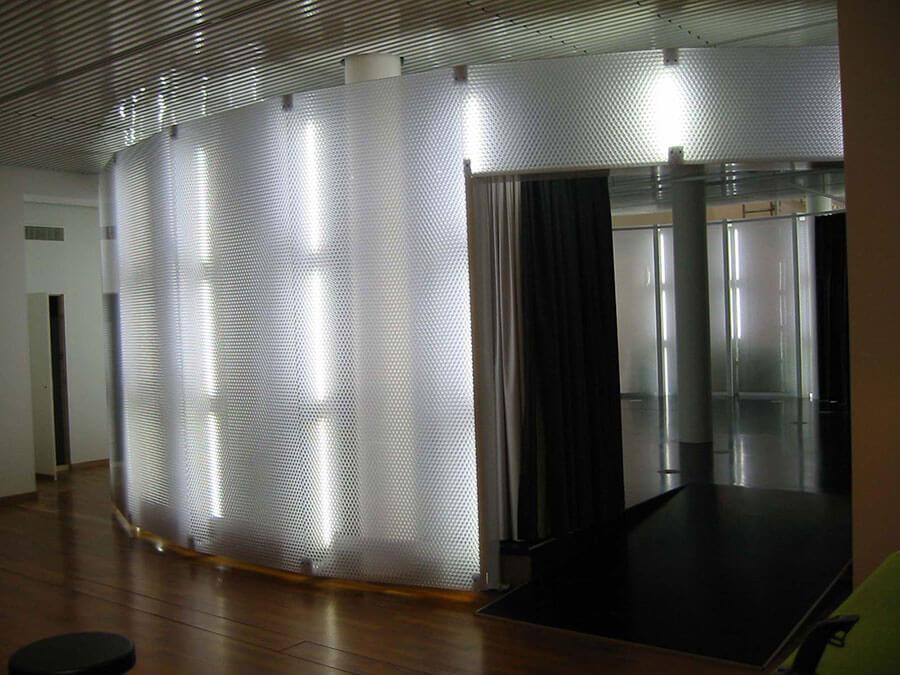sstandem plastico pc metacrilato madrid panel compuesto design composite españa Neomat Museum